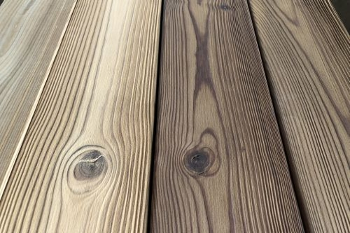 Brushed thermowood - oiled and not oiled