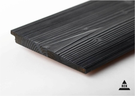 Piedāvājam dēļu gruntēšanu, beicēšanu, eļļošanu, krāsošanu ar kvalitatīviem krāsu materiāliem